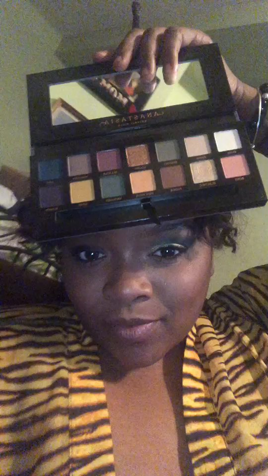 review of Anastasia Beverly Hills Eyeshadow Palette, Subculture