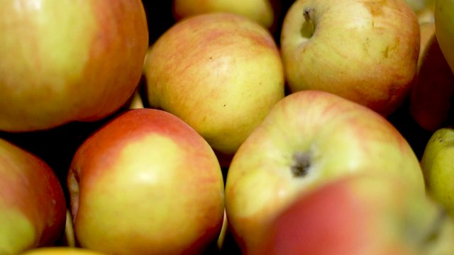 Red Apples thumbnail