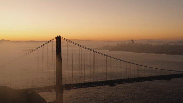 Golden Gate Bridge thumbnail