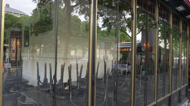 Empty Châtelet Restaurant In Paris  thumbnail