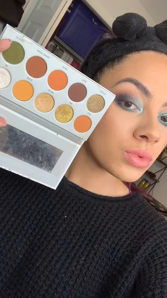 review of Morphe Morphe x Jaclyn Hill The Vault Armed & Gorgeous Eyeshadow Palette