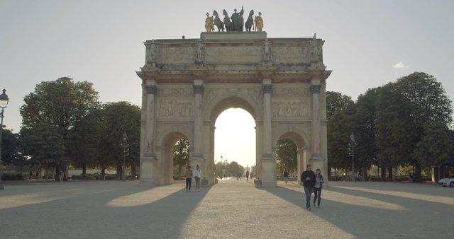 Golden Hour on Arc de Triomphe du Carrousel  thumbnail