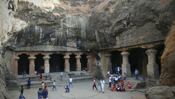 ELEPHANTA CAVES: A GAME OF STONES