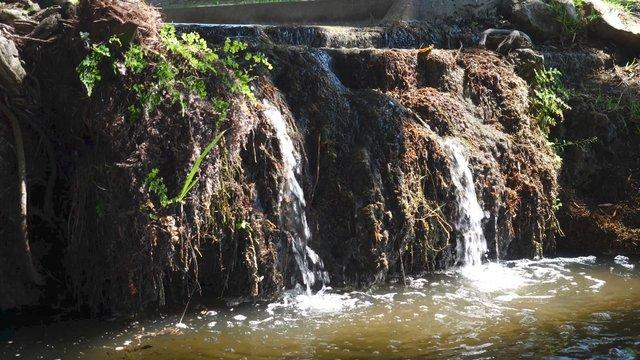 Mini Waterfall in Estoril, Portugal  thumbnail