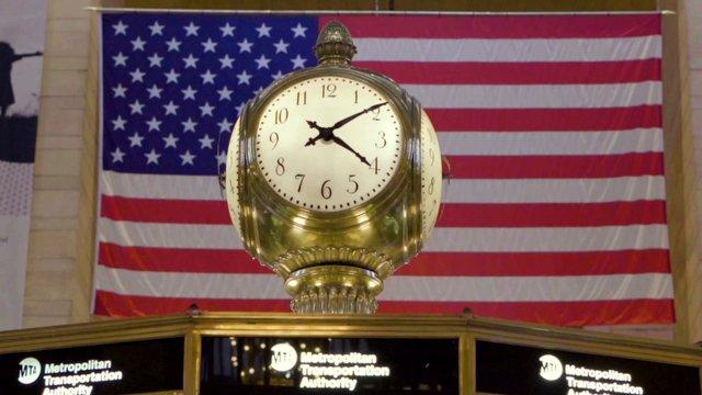 Grand Central Clock thumbnail