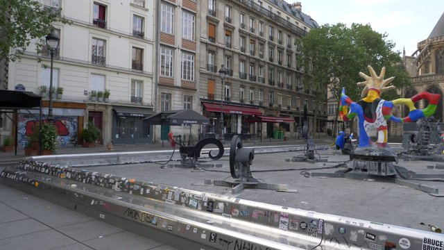 Stravinsky Fountain In Beaubourg District thumbnail