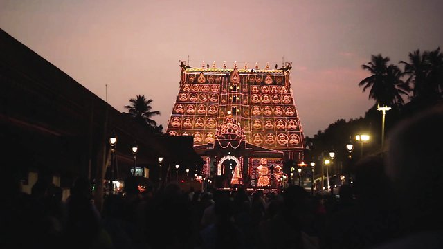 Temple Lit Up For Festival In Trivandrum India thumbnail