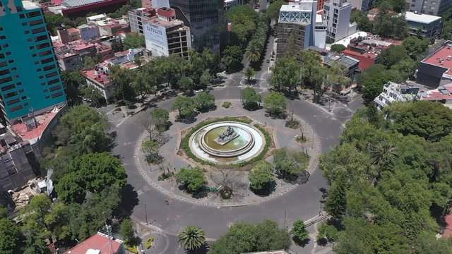 Empty Roundabout In Mexico City  thumbnail