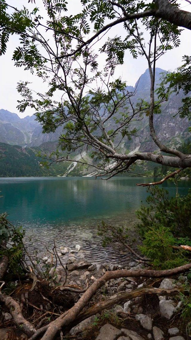Lake and Mountains thumbnail