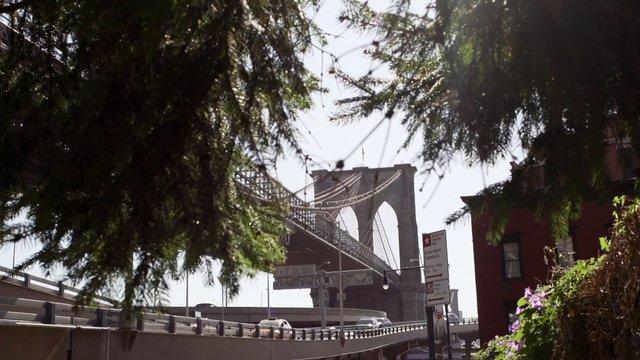 Cars Driving on Brooklyn Bridge thumbnail