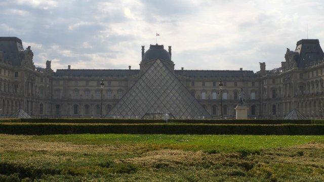 Louvre & Tuileries Palace in Paris  thumbnail