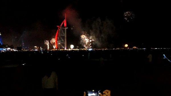 #burjalarab #dubai #uae #newyear #fireworks