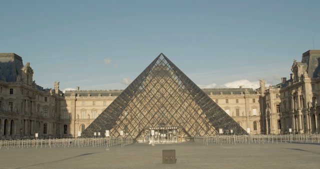 Pyramid in Louvre Museum  thumbnail