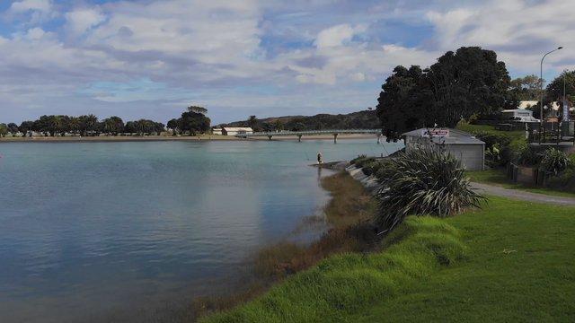 Fisherman Lake In NZ  thumbnail