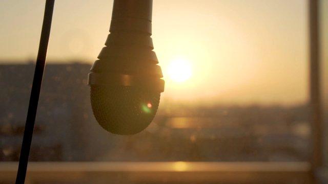 Swinging Microphone At Sunrise thumbnail
