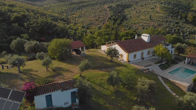 Beautiful House on Hill in Alentejo, Portugal thumbnail
