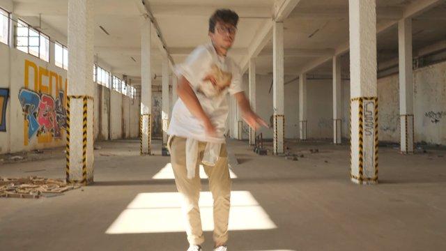 Male Dancer Performs Modern Dance Composition thumbnail