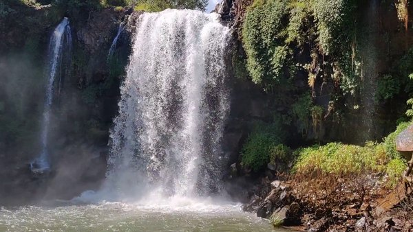Thoseghar Waterfalls and Chalkewadi Windmill Satara Maharashtra