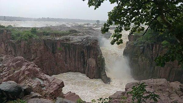 Thrilling and mesmerizing hidden gem of Waterfalls near Khajuraho