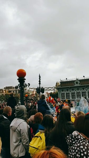 Disneyland Paris Parade- Part 4
