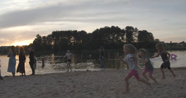 Kids Playing at Salote Lake in Vilnius  thumbnail