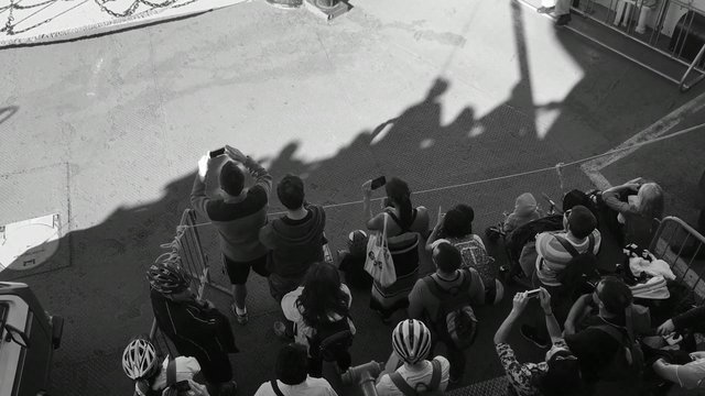 Photographing Tourists thumbnail