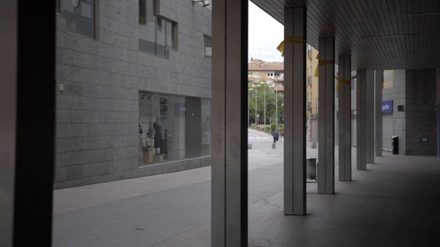 Empty Spanish Street thumbnail